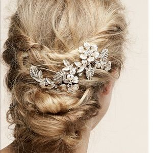 """Remy"" bridal hairpiece by Untamed Petals"